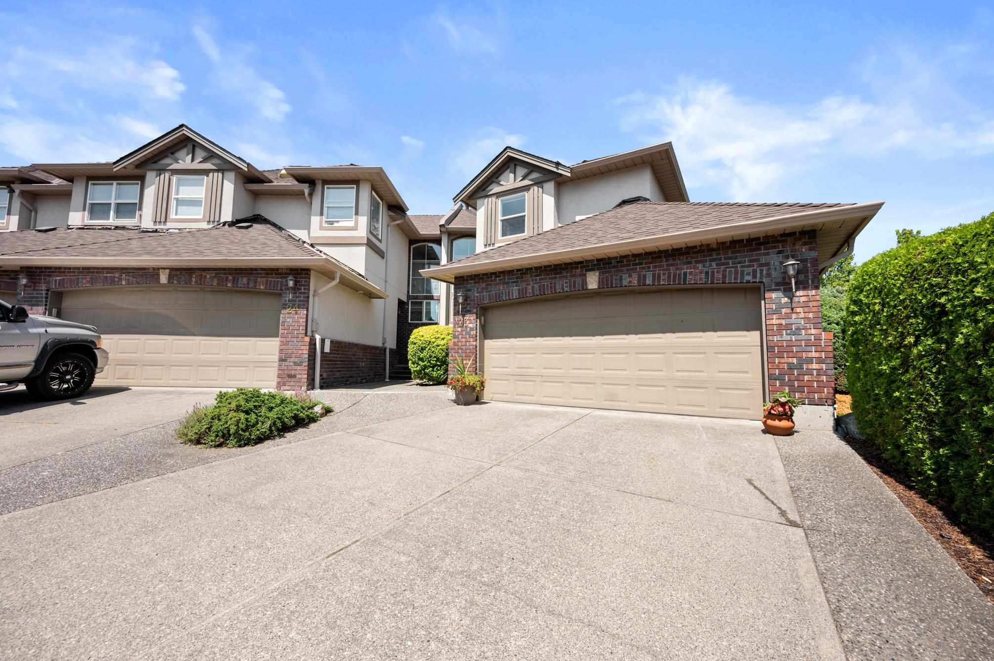 23 2525 YALE COURT - Abbotsford East Townhouse for sale, 4 Bedrooms (R2602320) - #1