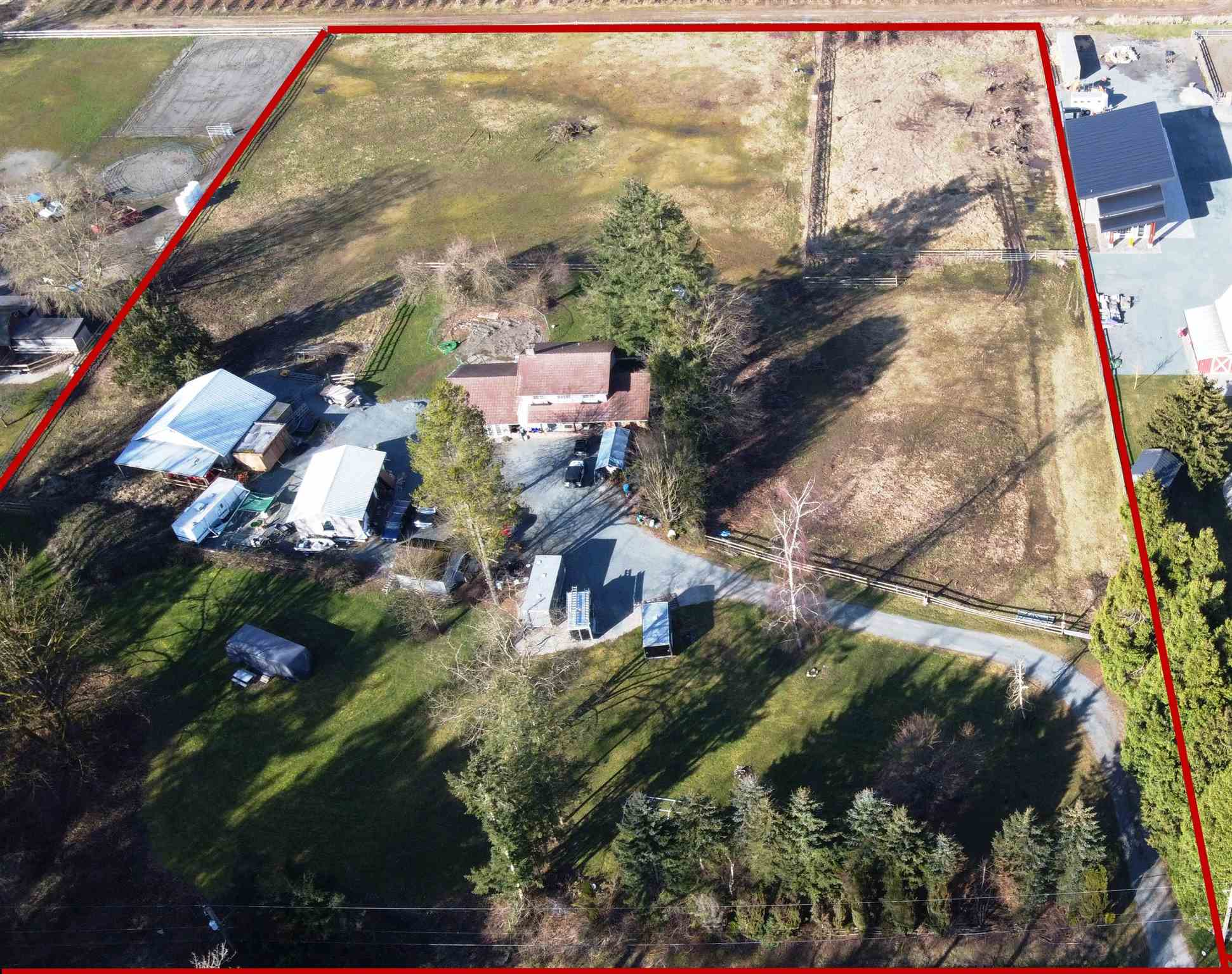 21515 32 AVENUE - Brookswood Langley House with Acreage for sale, 3 Bedrooms (R2602357) - #1