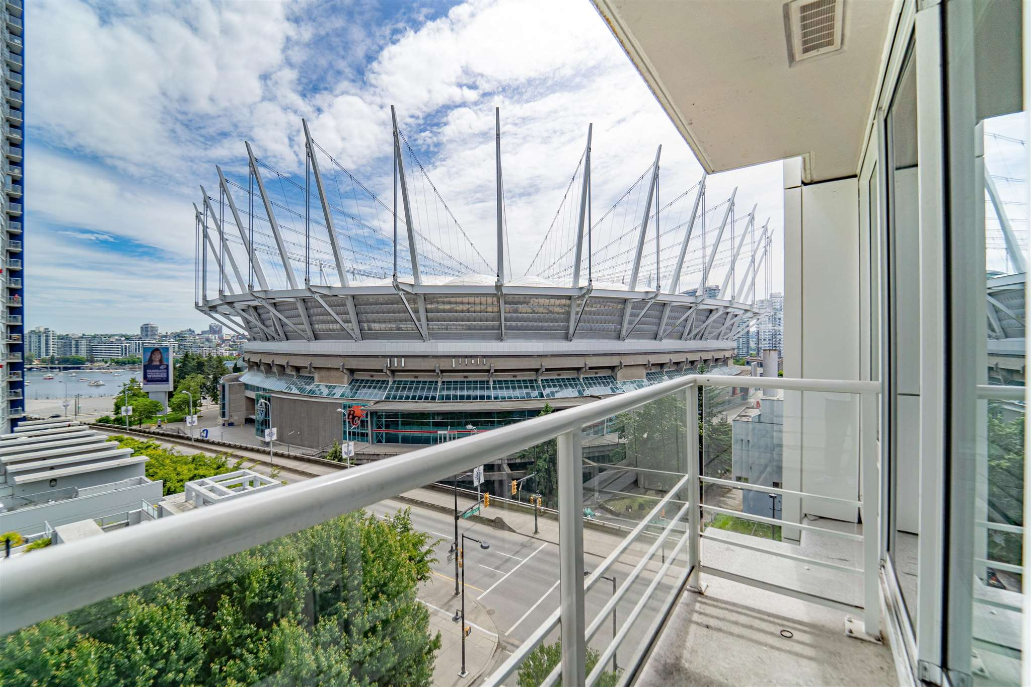 902 161 W GEORGIA STREET - Downtown VW Apartment/Condo for sale, 1 Bedroom (R2602669) - #1