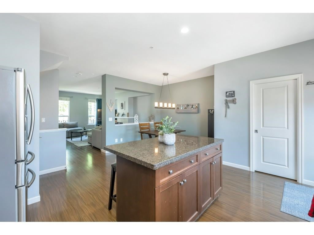 6956 208 STREET - Willoughby Heights Row House (Non-Strata) for sale, 4 Bedrooms (R2602745) - #14