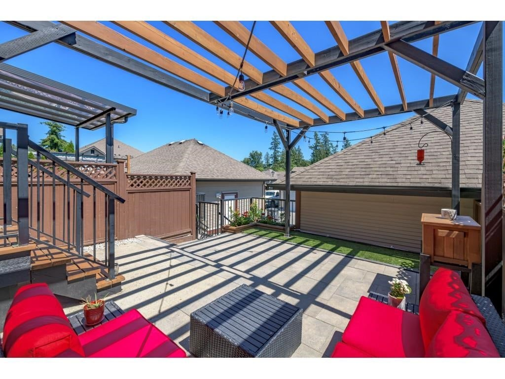 6956 208 STREET - Willoughby Heights Row House (Non-Strata) for sale, 4 Bedrooms (R2602745) - #37