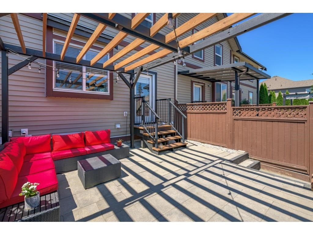 6956 208 STREET - Willoughby Heights Row House (Non-Strata) for sale, 4 Bedrooms (R2602745) - #38