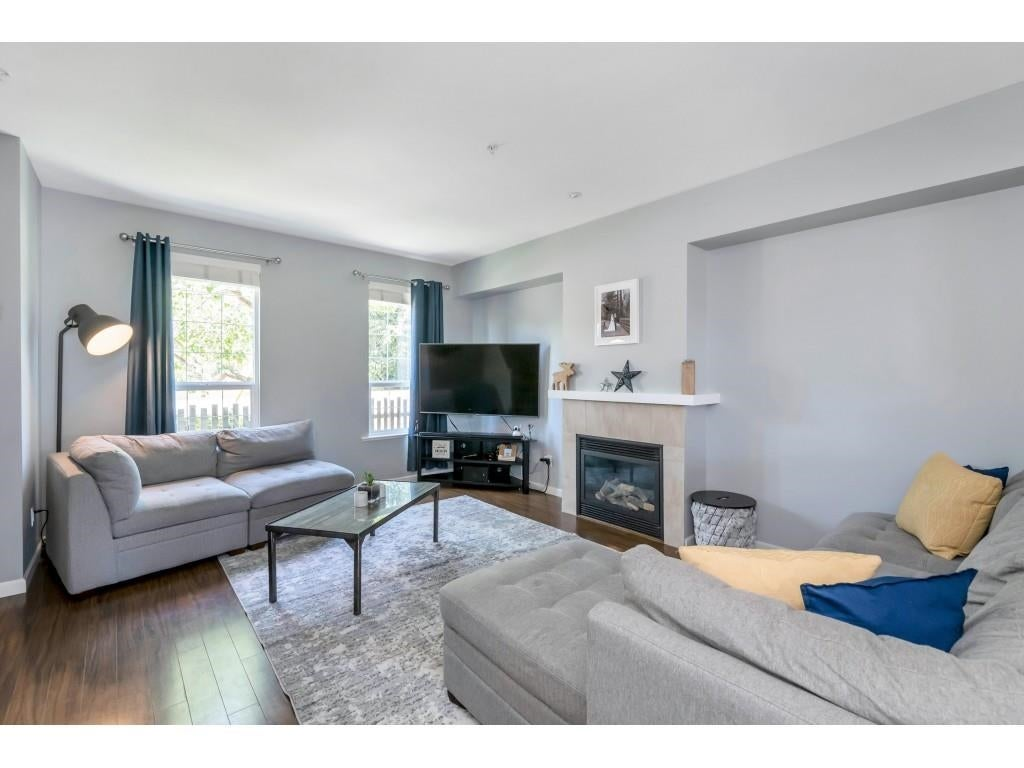 6956 208 STREET - Willoughby Heights Row House (Non-Strata) for sale, 4 Bedrooms (R2602745) - #5