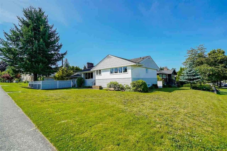 7833 COQUITLAM STREET - The Crest House/Single Family for sale, 3 Bedrooms (R2602858)