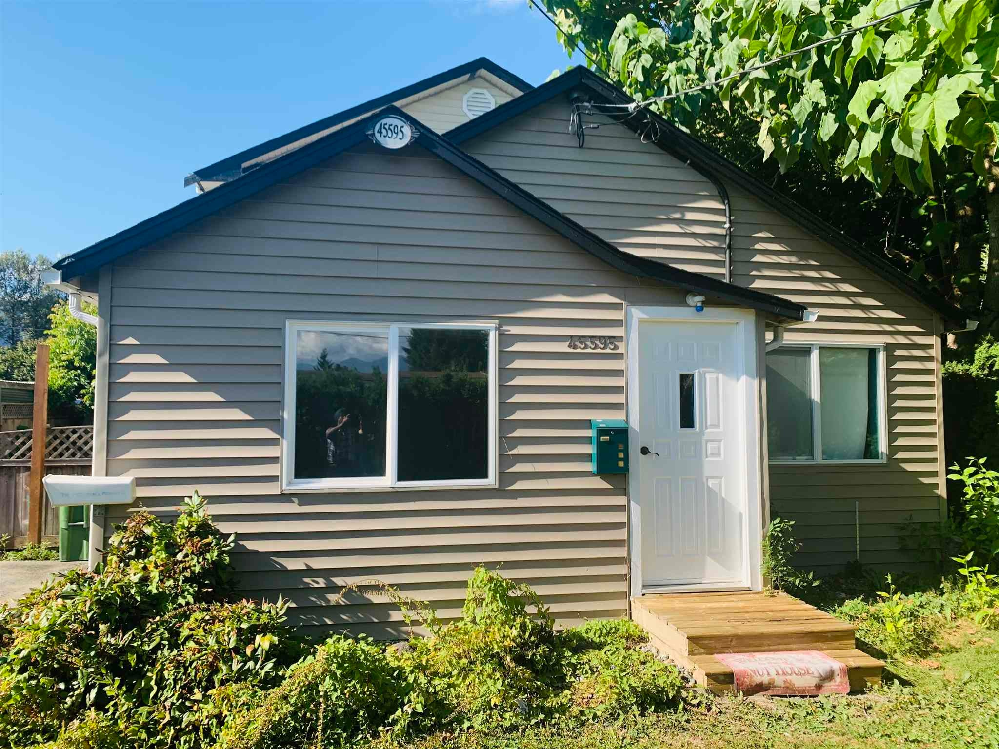 45595 LEWIS AVENUE - Chilliwack N Yale-Well House/Single Family for sale, 4 Bedrooms (R2602885) - #2