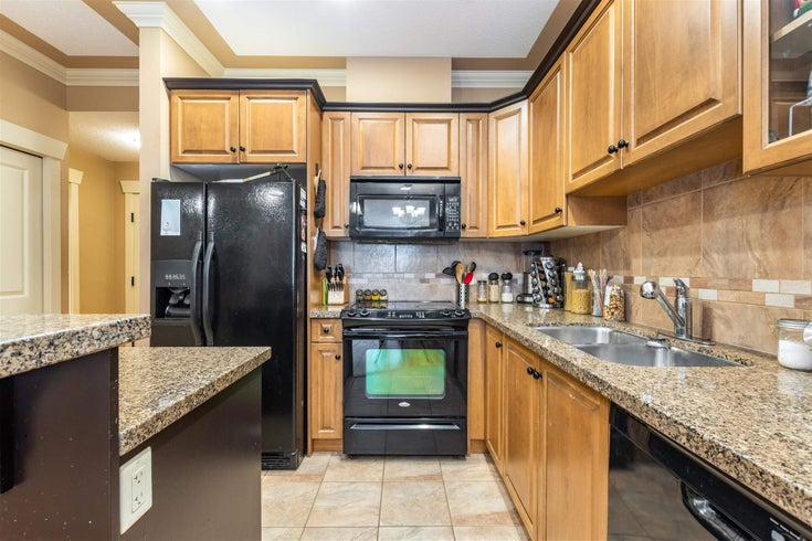 106 45893 CHESTERFIELD AVENUE - Chilliwack W Young-Well Apartment/Condo for sale, 1 Bedroom (R2602903)