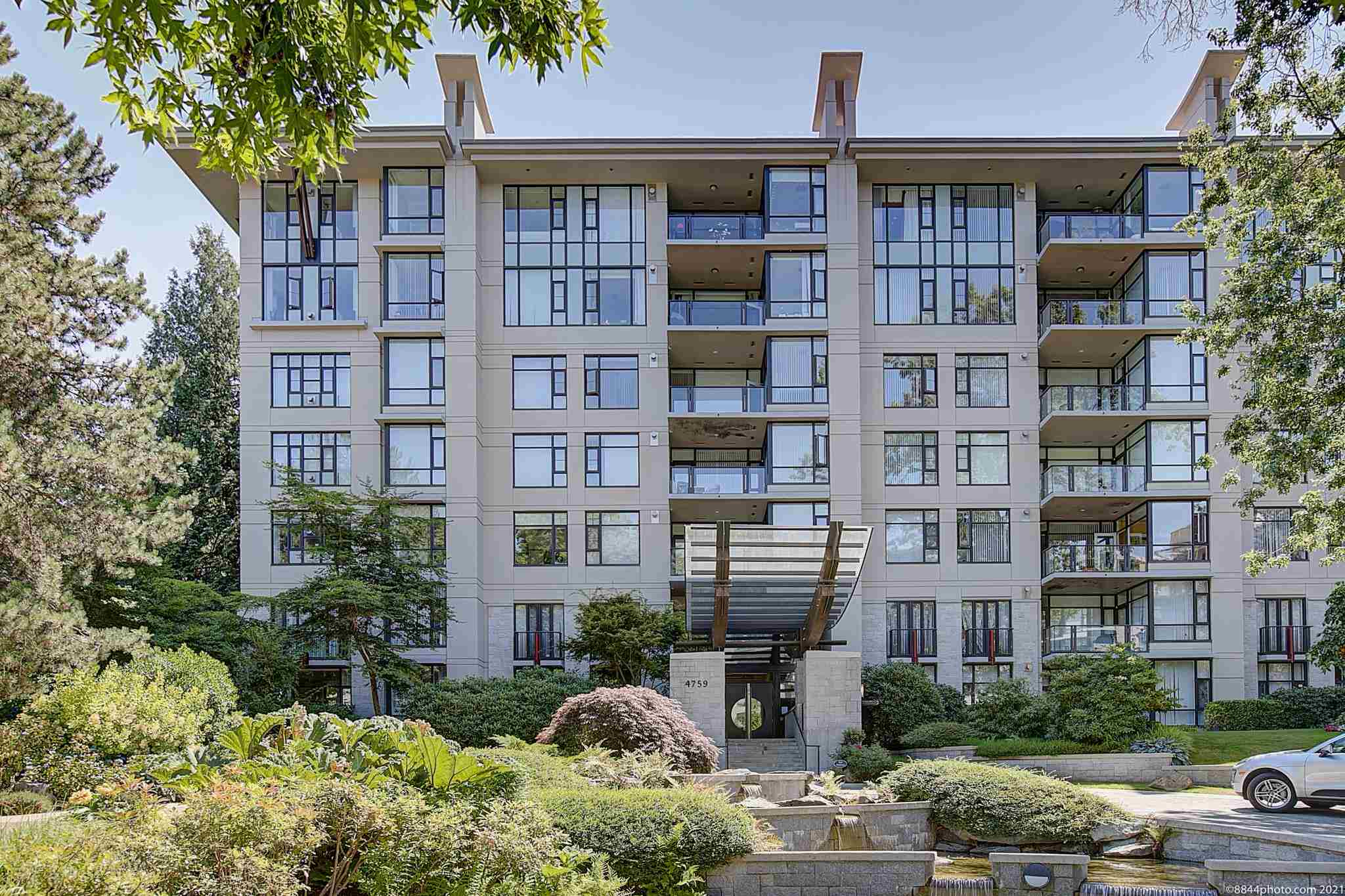 301 4759 VALLEY DRIVE - Quilchena Apartment/Condo for sale, 2 Bedrooms (R2602920)