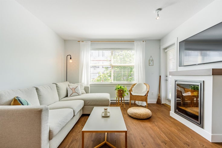 208 19936 56 AVENUE - Langley City Apartment/Condo for sale, 2 Bedrooms (R2602958)
