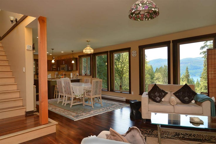 7079 SECHELT INLET ROAD - Sechelt District House with Acreage for sale, 4 Bedrooms (R2602993)