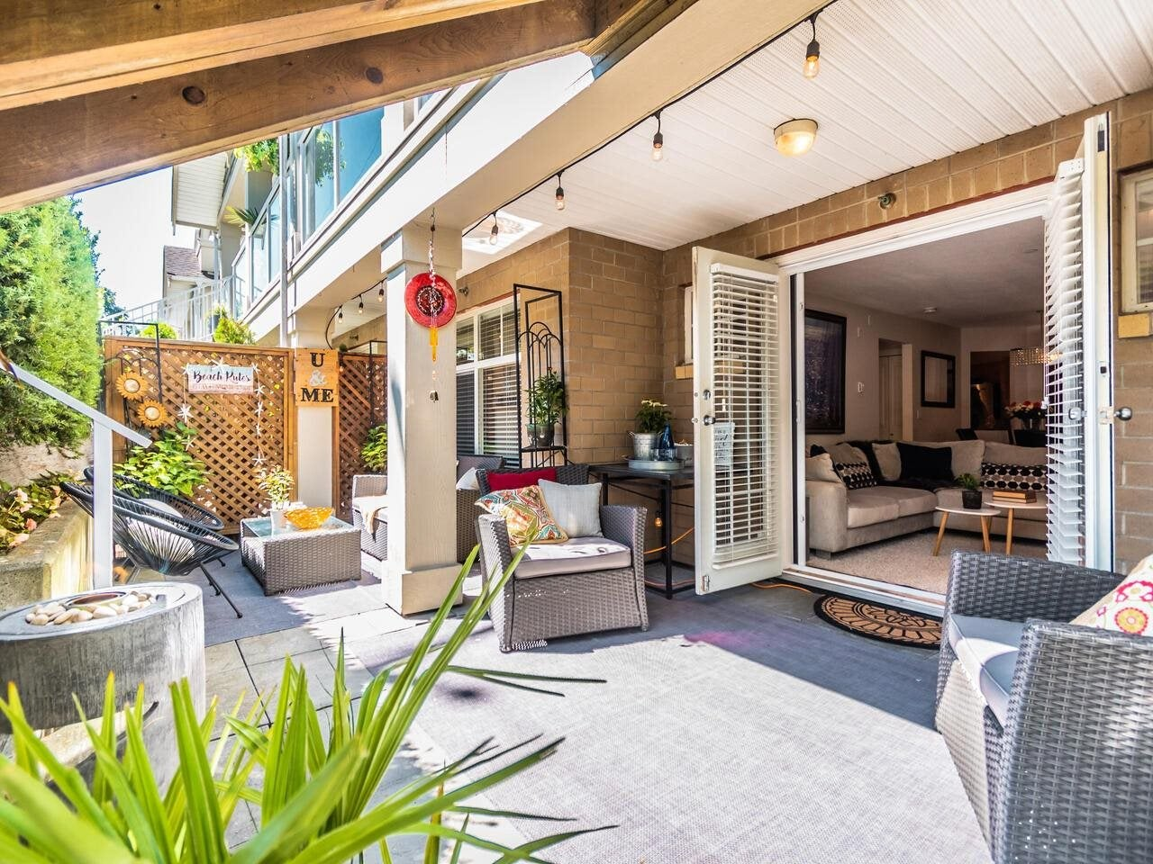 102 15621 MARINE DRIVE - White Rock Apartment/Condo for sale, 2 Bedrooms (R2603129) - #1