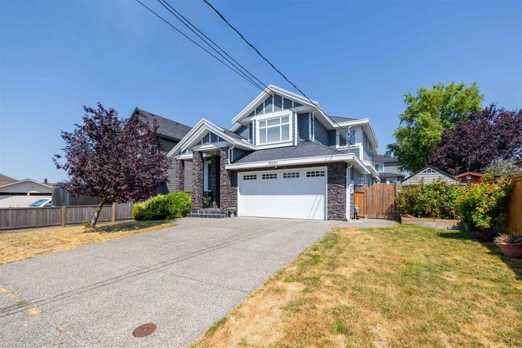 18591 56 AVENUE - Cloverdale BC House/Single Family for sale, 6 Bedrooms (R2603248)