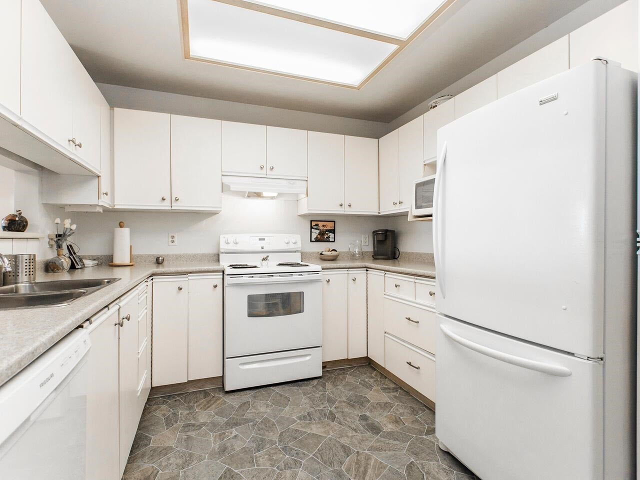 104 2800 CHESTERFIELD AVENUE - Upper Lonsdale Apartment/Condo for sale, 2 Bedrooms (R2603260) - #12