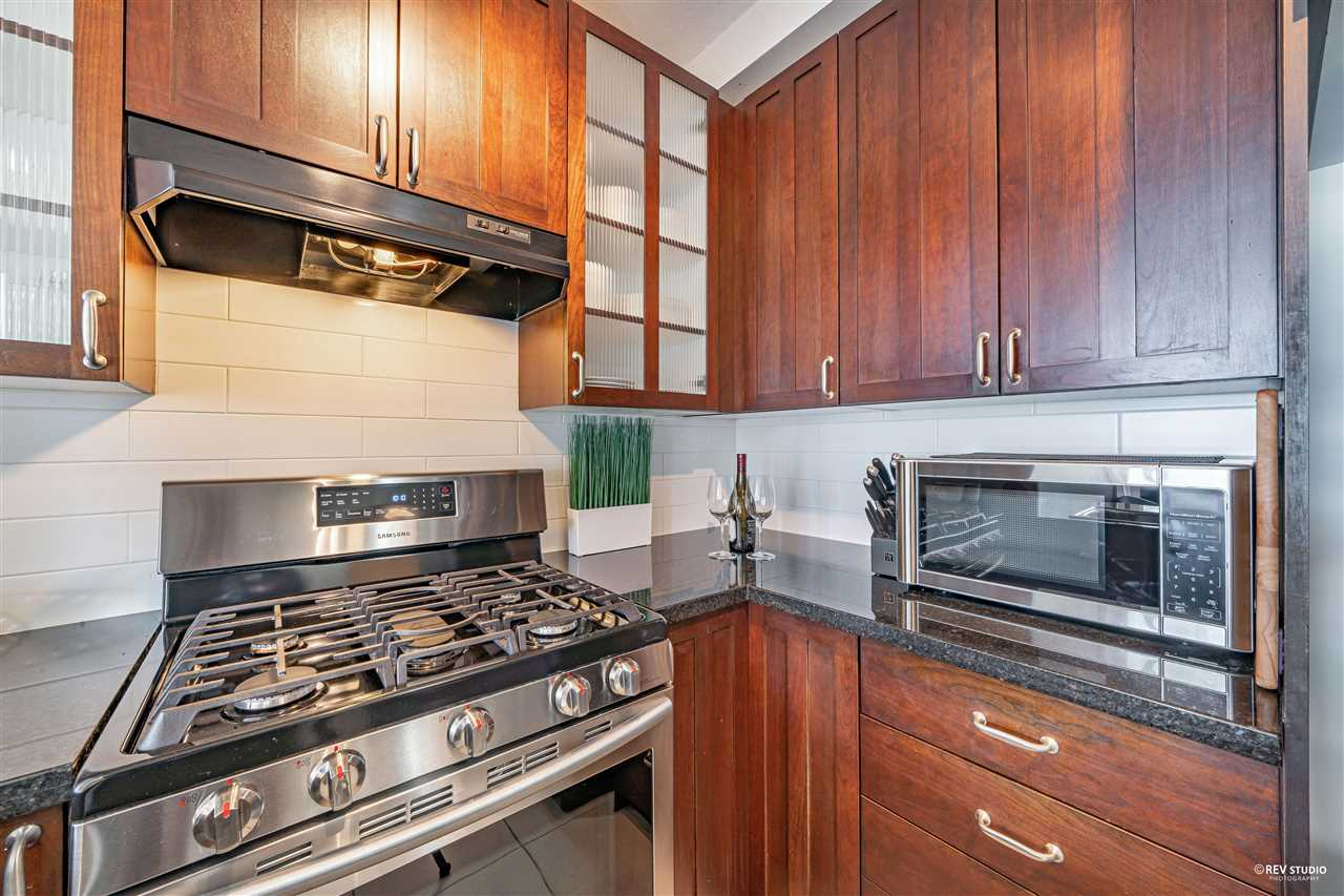 1201 170 W 1ST STREET - Lower Lonsdale Apartment/Condo for sale, 2 Bedrooms (R2603325) - #3