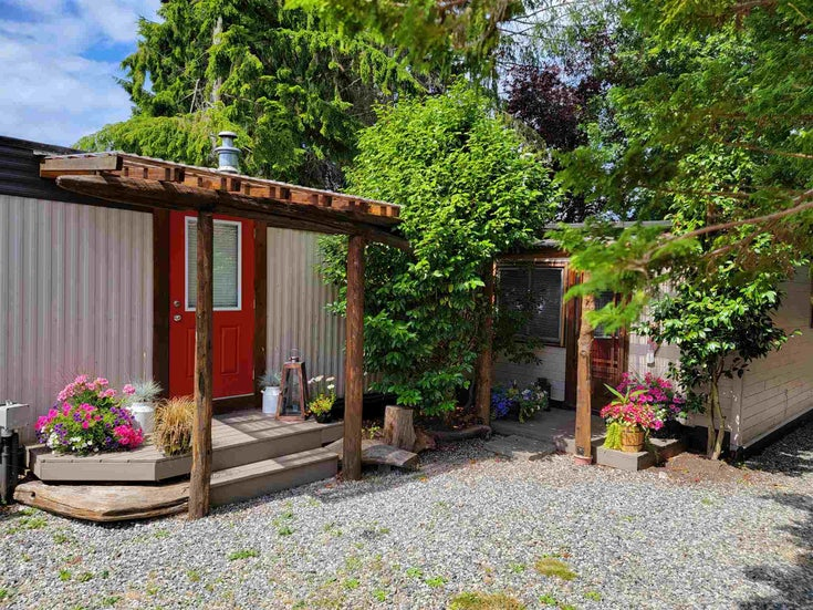 15 1413 SUNSHINE COAST HIGHWAY - Gibsons & Area Manufactured for sale, 3 Bedrooms (R2603333)