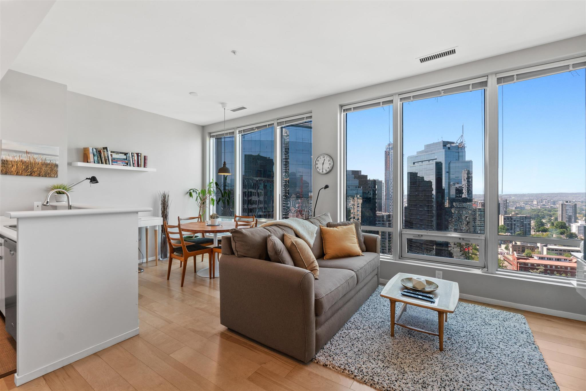 2004 989 NELSON STREET - Downtown VW Apartment/Condo for sale, 1 Bedroom (R2603362) - #1
