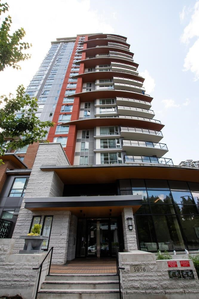 1203 3096 WINDSOR GATE - New Horizons Apartment/Condo for sale, 3 Bedrooms (R2603414)