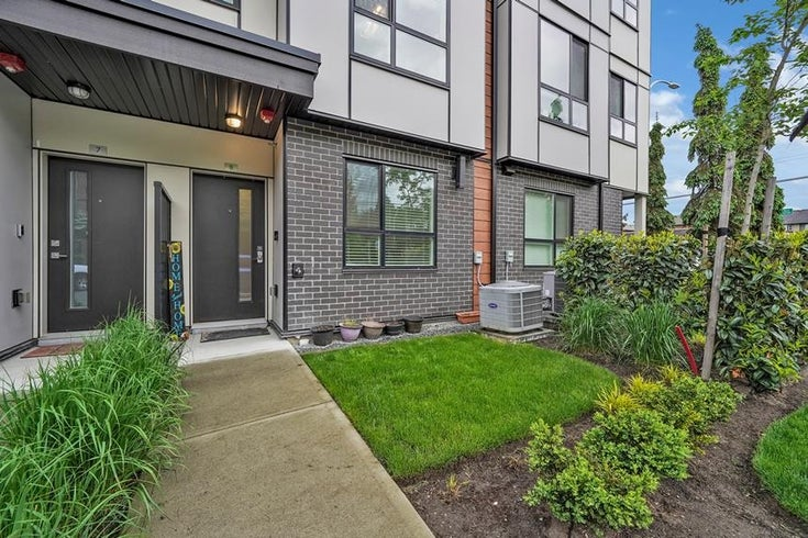 8 19790 55A AVENUE - Langley City Townhouse for sale, 3 Bedrooms (R2603419)