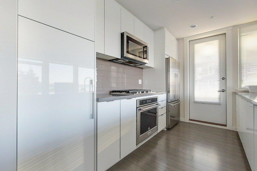 408 255 W 1ST STREET - Lower Lonsdale Apartment/Condo for sale, 2 Bedrooms (R2603474) - #13