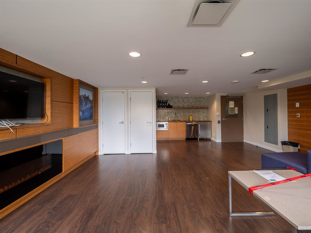 1607 135 E 17TH STREET - Central Lonsdale Apartment/Condo for sale, 1 Bedroom (R2603489) - #22