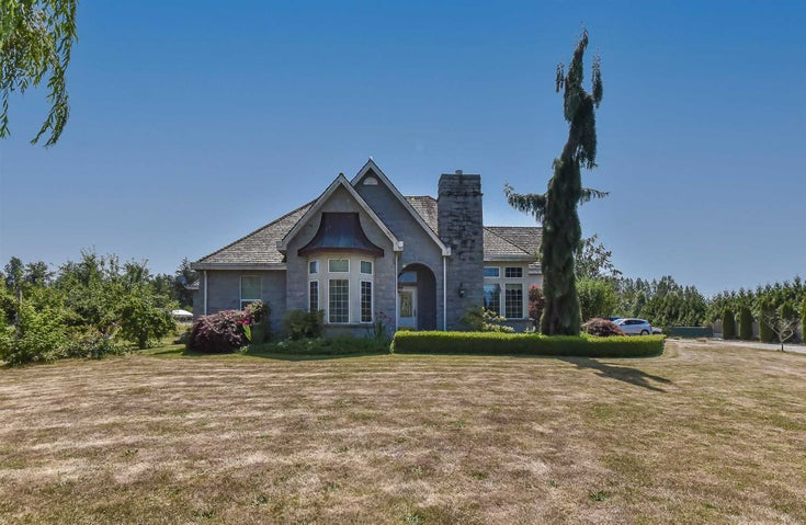 22162 61 AVENUE - Salmon River House with Acreage for sale, 3 Bedrooms (R2603573)