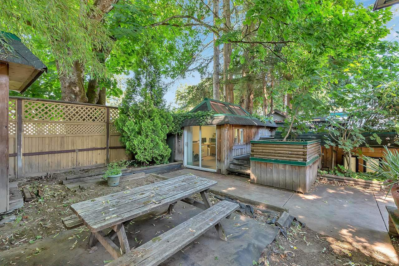 8867 GLOVER ROAD - Fort Langley House/Single Family for sale, 1 Bedroom (R2603665) - #36