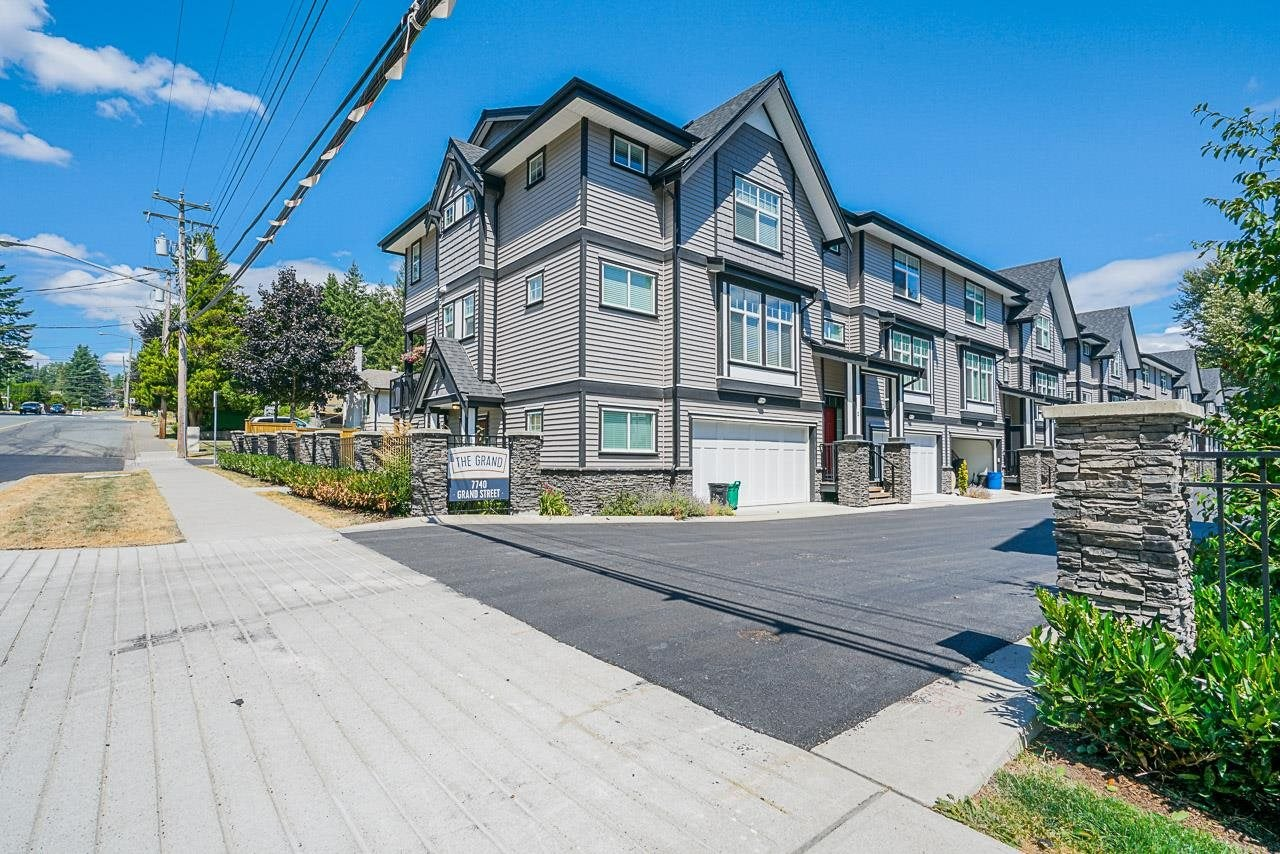 15 7740 GRAND STREET - Mission BC Townhouse for sale, 3 Bedrooms (R2603676) - #1