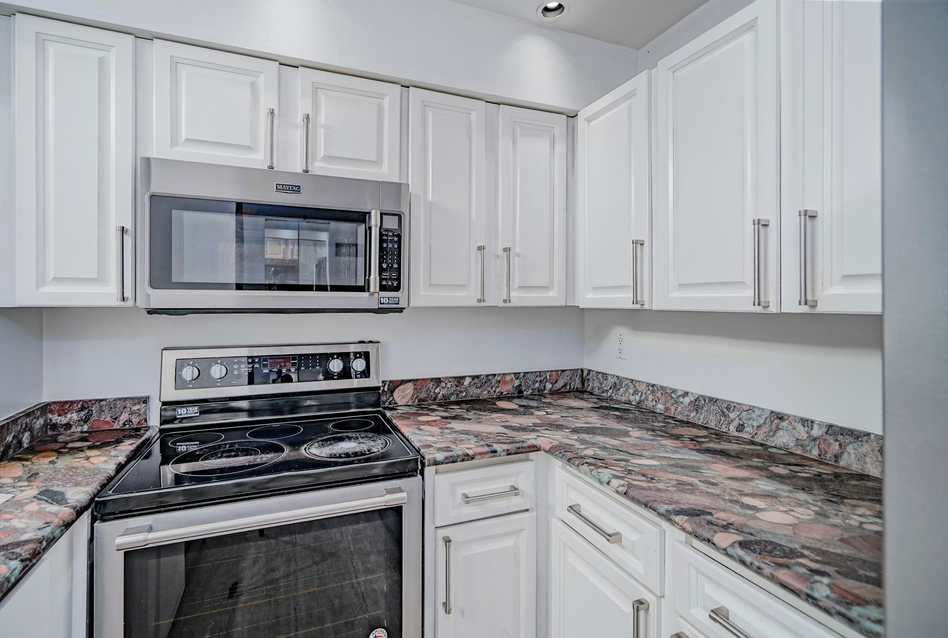 301 3187 MOUNTAIN HIGHWAY - Lynn Valley Apartment/Condo for sale, 2 Bedrooms (R2603681) - #11
