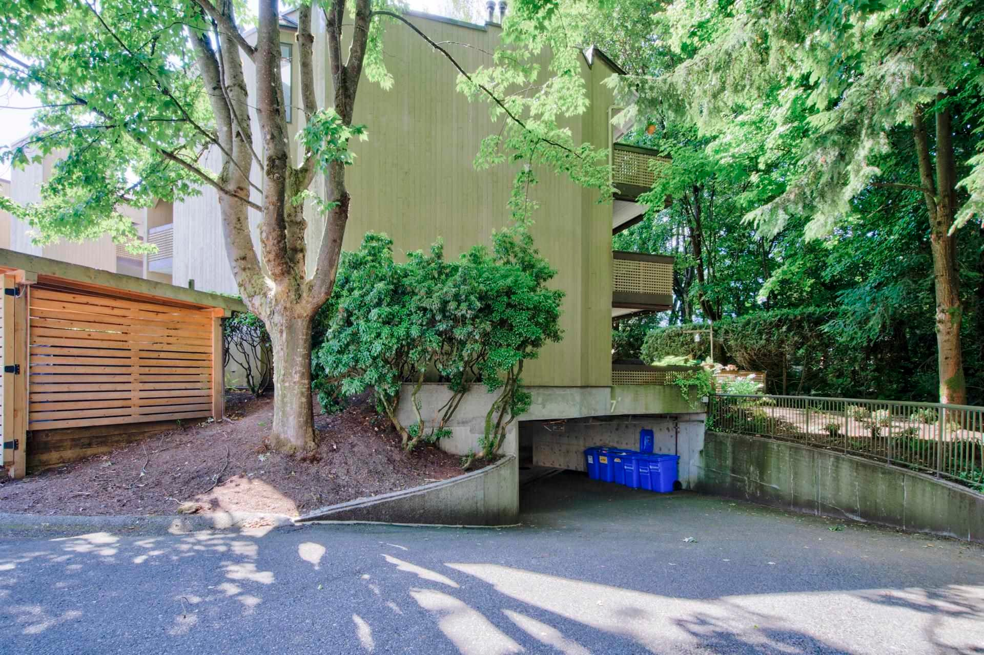301 3187 MOUNTAIN HIGHWAY - Lynn Valley Apartment/Condo for sale, 2 Bedrooms (R2603681) - #22