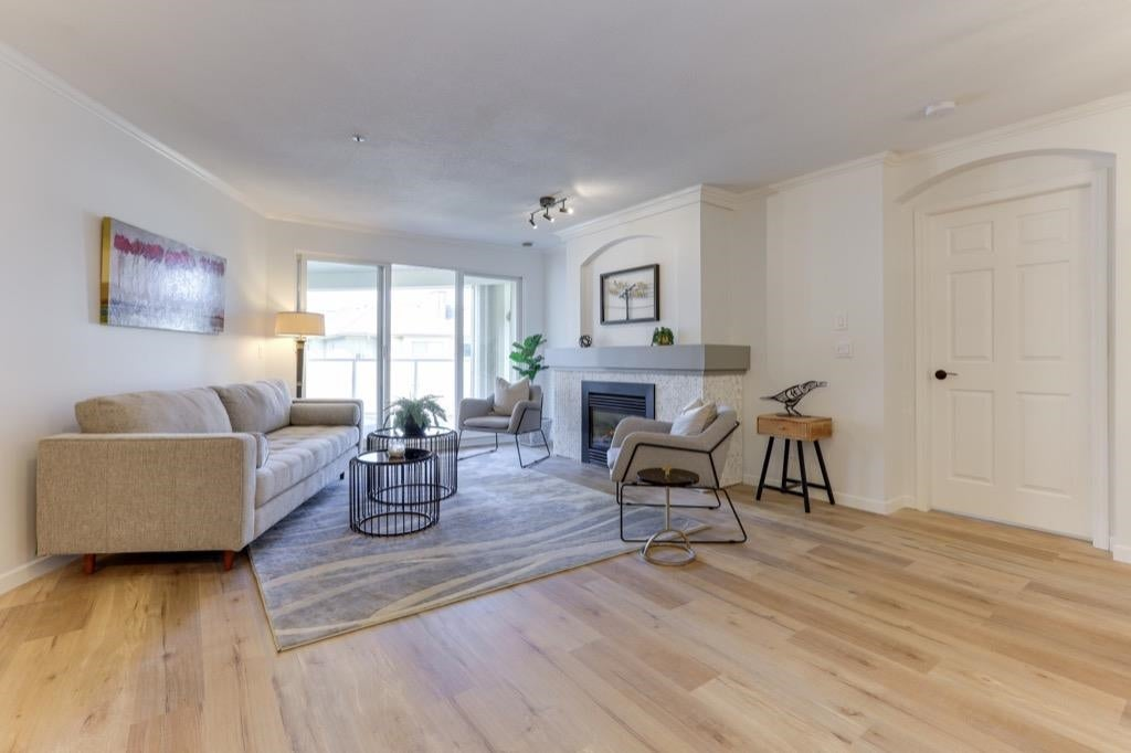 311 20125 55A AVENUE - Langley City Apartment/Condo for sale, 2 Bedrooms (R2603793) - #3