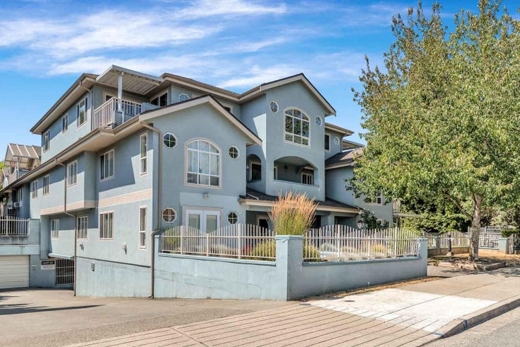302 5909 177B STREET - Cloverdale BC Apartment/Condo for sale, 3 Bedrooms (R2603866)