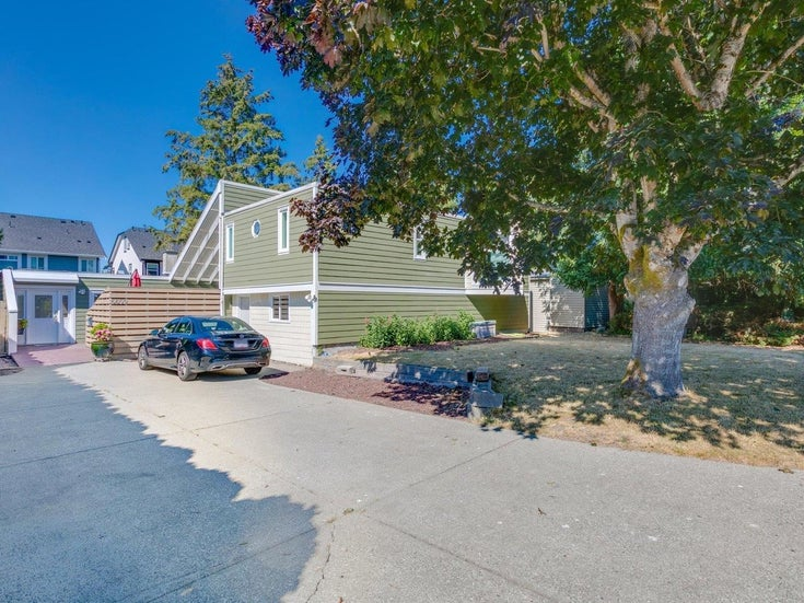 5609 DOVE PLACE - Hawthorne House/Single Family for sale, 4 Bedrooms (R2603872)