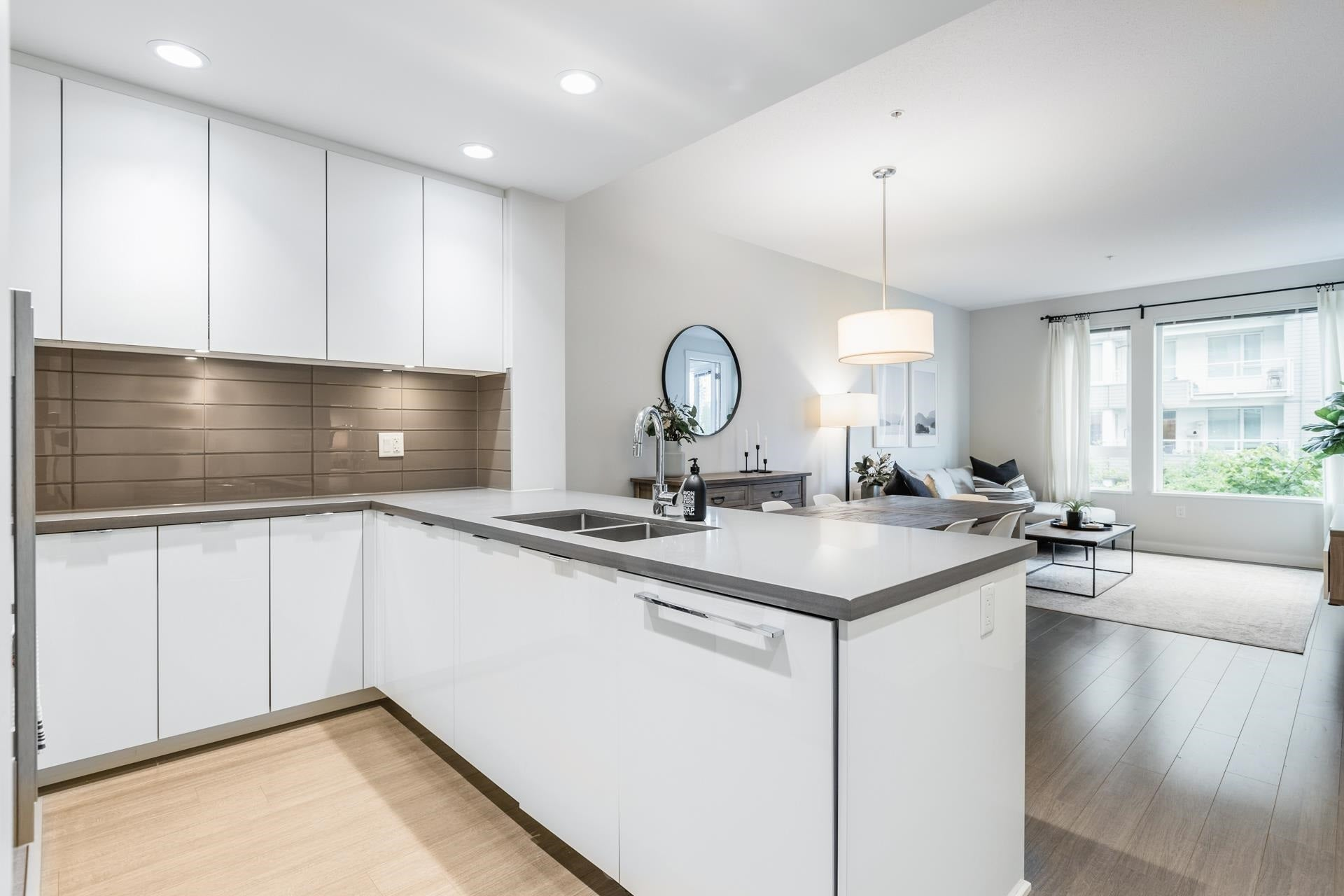 207 255 W 1ST STREET - Lower Lonsdale Apartment/Condo for sale, 2 Bedrooms (R2603882) - #11