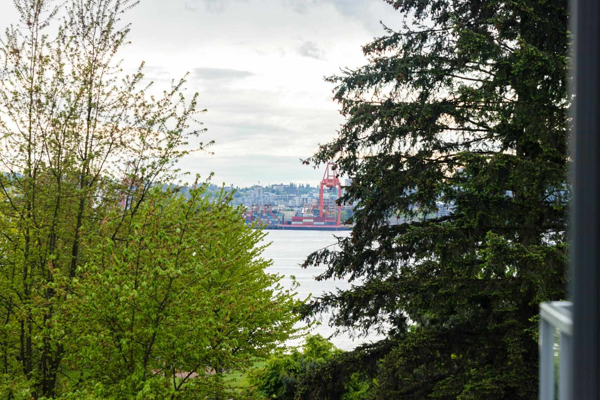 207 255 W 1ST STREET - Lower Lonsdale Apartment/Condo for sale, 2 Bedrooms (R2603882) - #24