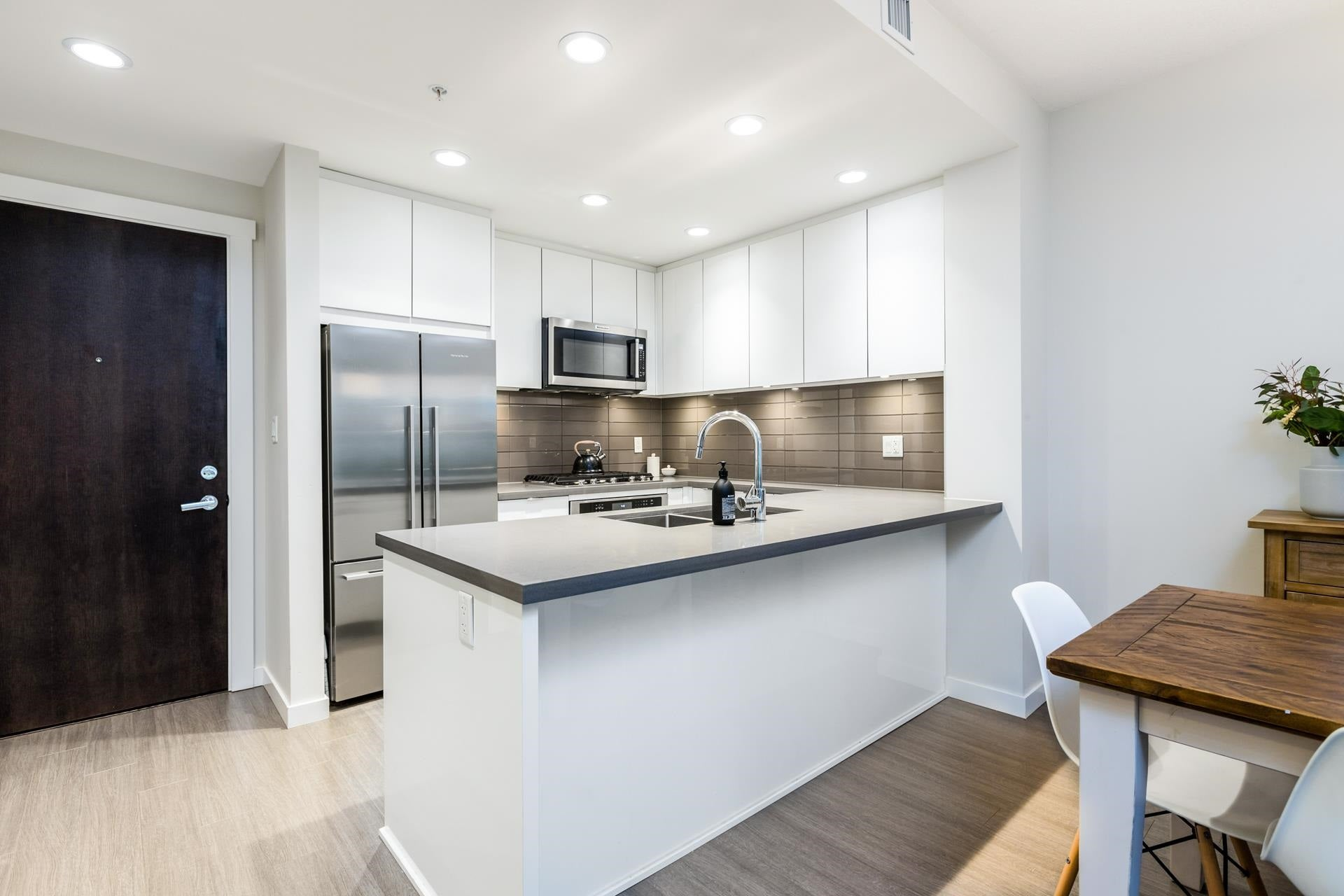 207 255 W 1ST STREET - Lower Lonsdale Apartment/Condo for sale, 2 Bedrooms (R2603882) - #7