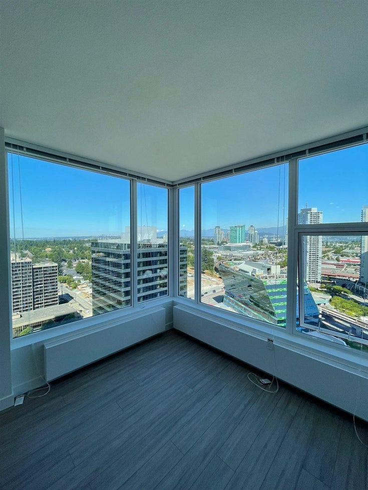 2204 13655 FRASER HIGHWAY - Whalley Apartment/Condo for sale, 2 Bedrooms (R2603892)