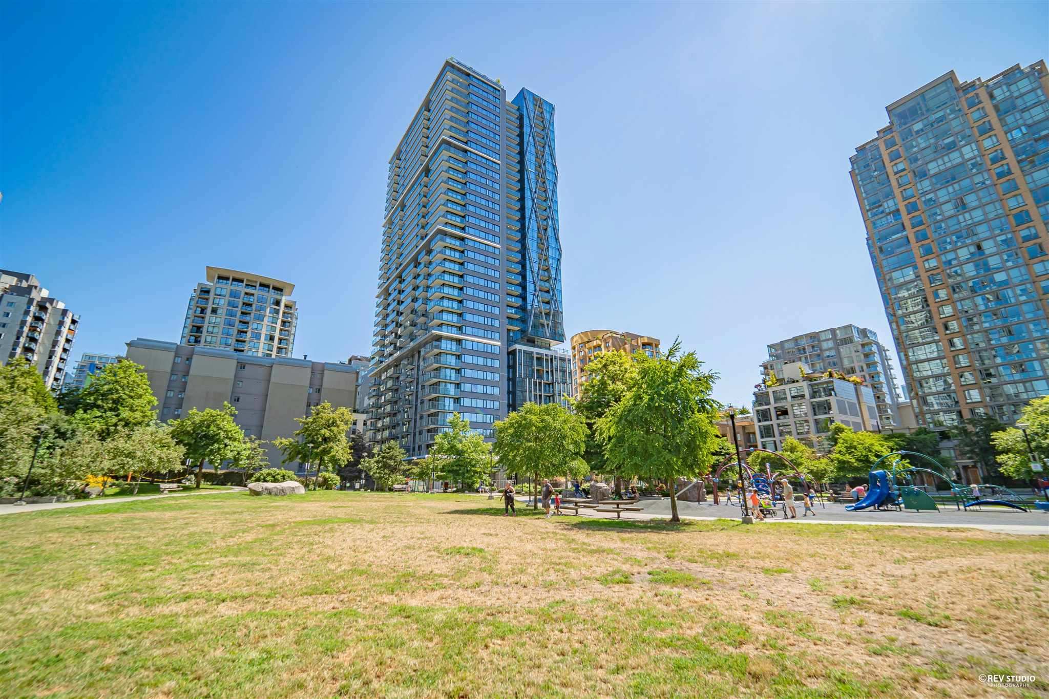 2201 1111 RICHARDS STREET - Yaletown Apartment/Condo for sale, 1 Bedroom (R2603952) - #1