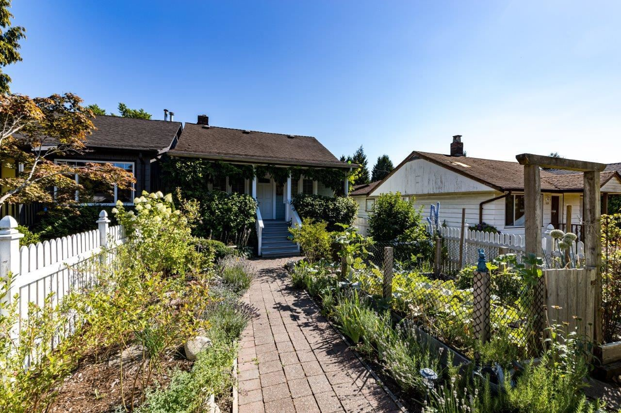 643 E 5TH STREET - Queensbury House/Single Family for sale, 3 Bedrooms (R2604108) - #34