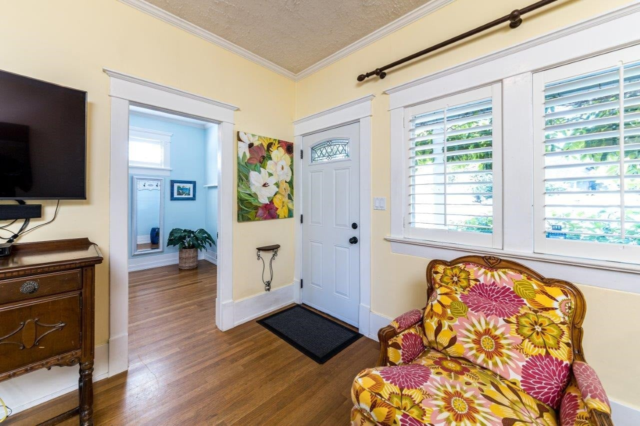 643 E 5TH STREET - Queensbury House/Single Family for sale, 3 Bedrooms (R2604108) - #5