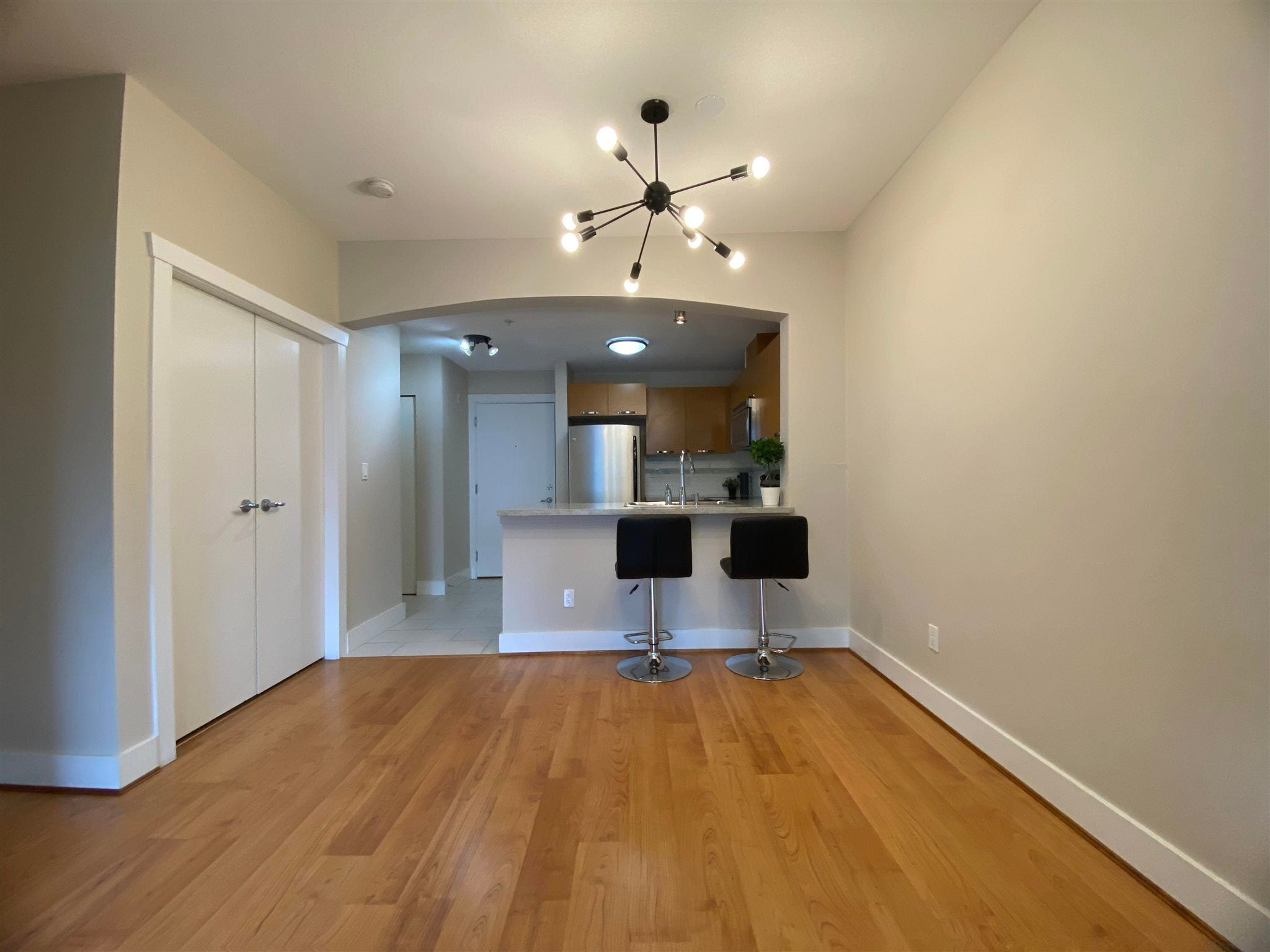 304 7428 BYRNEPARK WALK - South Slope Apartment/Condo for sale, 1 Bedroom (R2604124) - #4