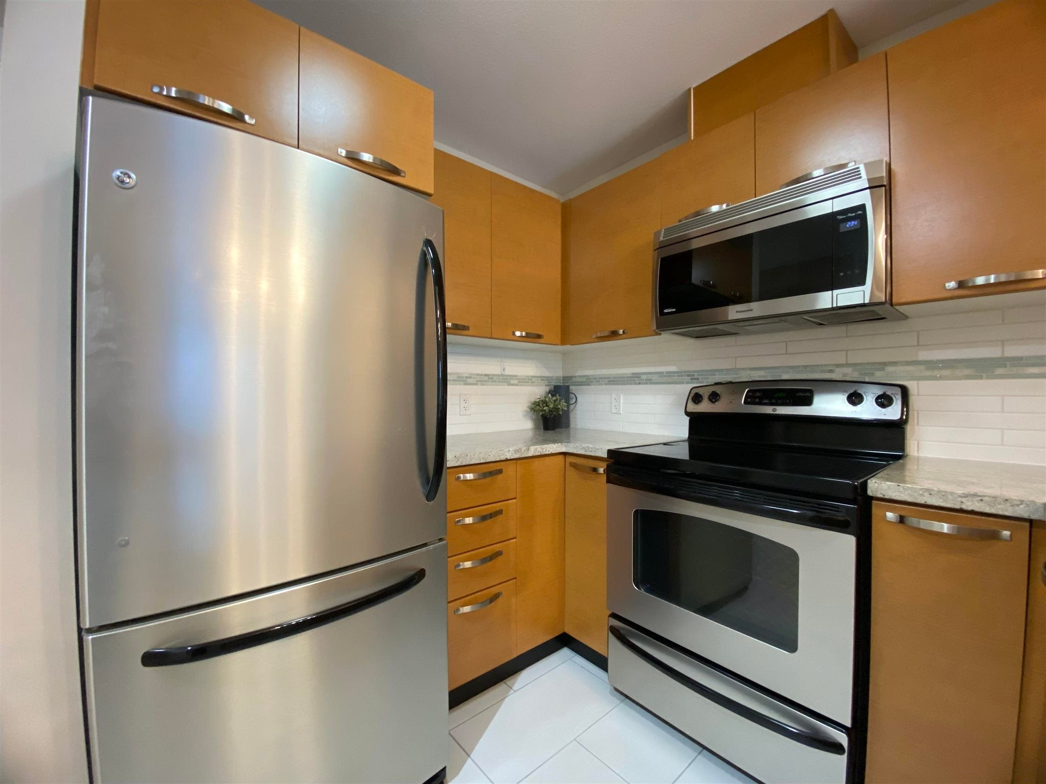 304 7428 BYRNEPARK WALK - South Slope Apartment/Condo for sale, 1 Bedroom (R2604124) - #7