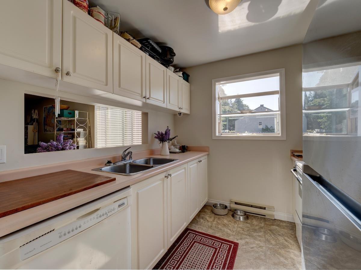 44 622 FARNHAM ROAD - Gibsons & Area Apartment/Condo for sale, 2 Bedrooms (R2604137) - #1