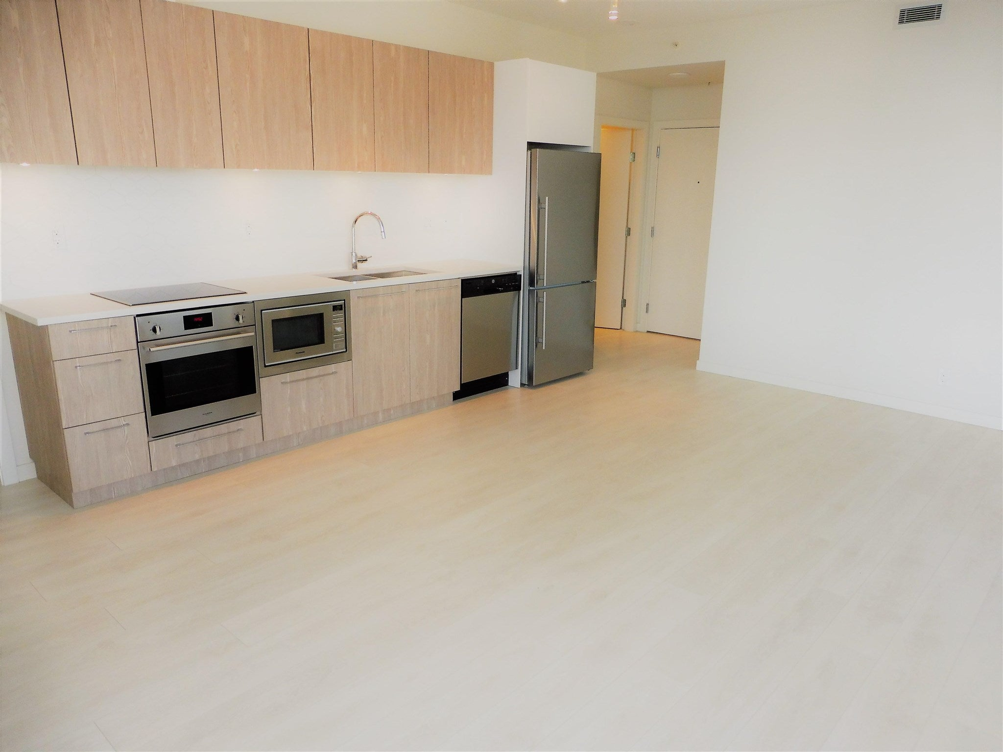 1409 691 NORTH ROAD - Coquitlam West Apartment/Condo for sale, 2 Bedrooms (R2604155) - #6