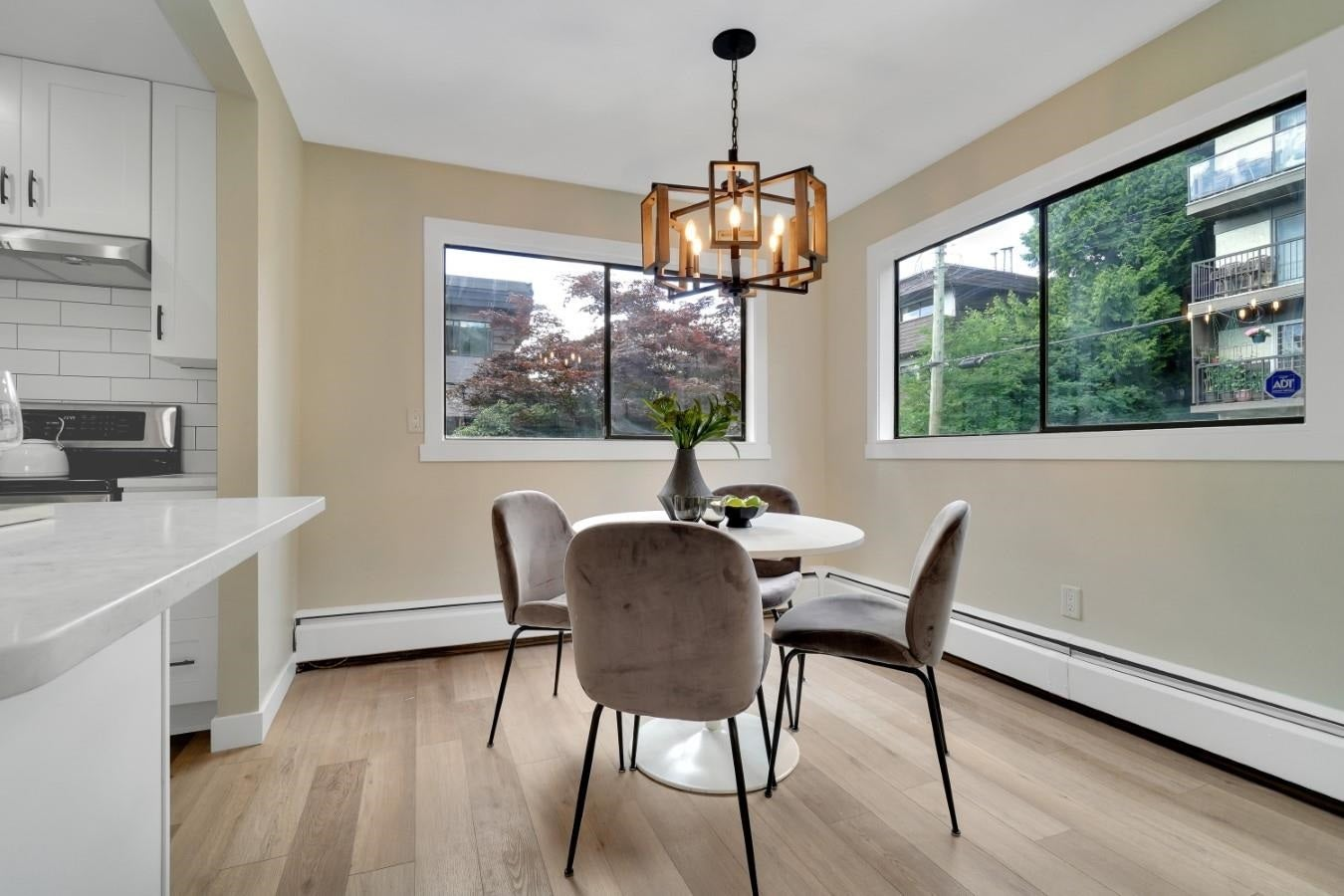 206 330 W 2ND STREET - Lower Lonsdale Apartment/Condo for sale, 2 Bedrooms (R2604160) - #10