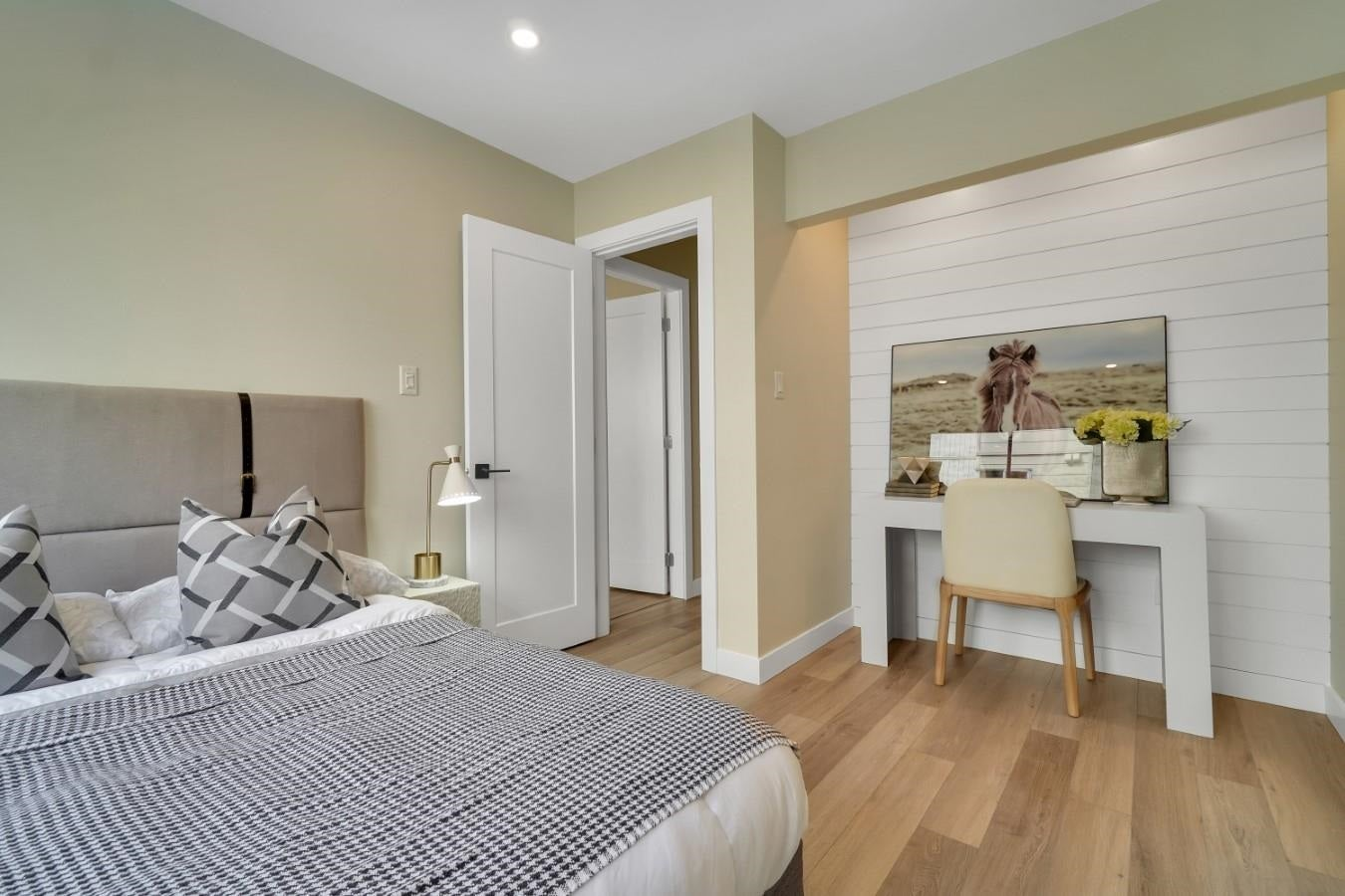 206 330 W 2ND STREET - Lower Lonsdale Apartment/Condo for sale, 2 Bedrooms (R2604160) - #22