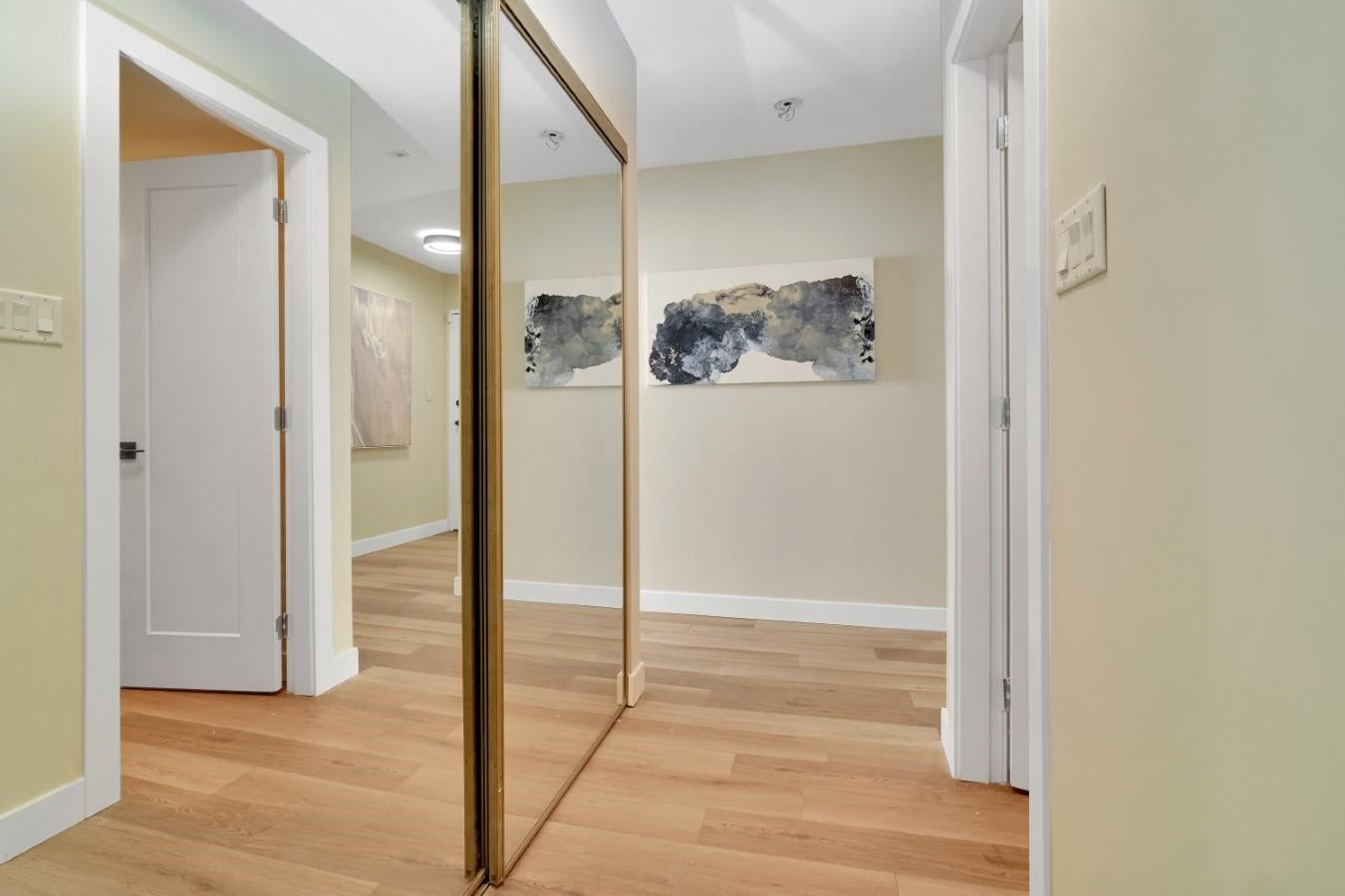 206 330 W 2ND STREET - Lower Lonsdale Apartment/Condo for sale, 2 Bedrooms (R2604160) - #27