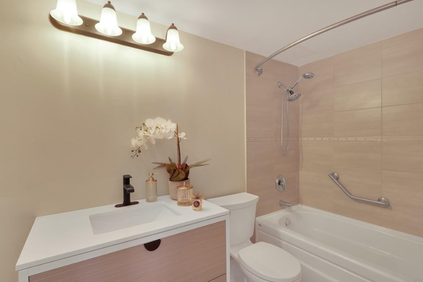 206 330 W 2ND STREET - Lower Lonsdale Apartment/Condo for sale, 2 Bedrooms (R2604160) - #28