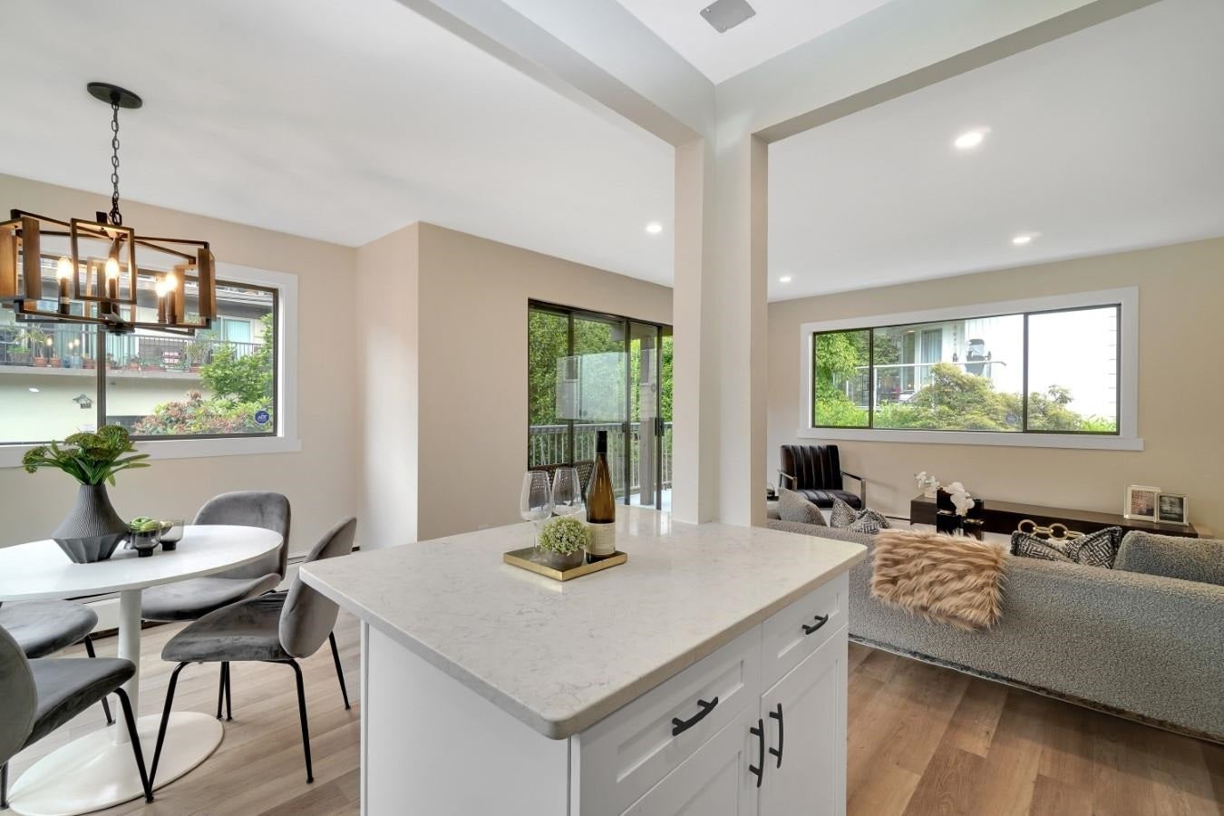 206 330 W 2ND STREET - Lower Lonsdale Apartment/Condo for sale, 2 Bedrooms (R2604160) - #5