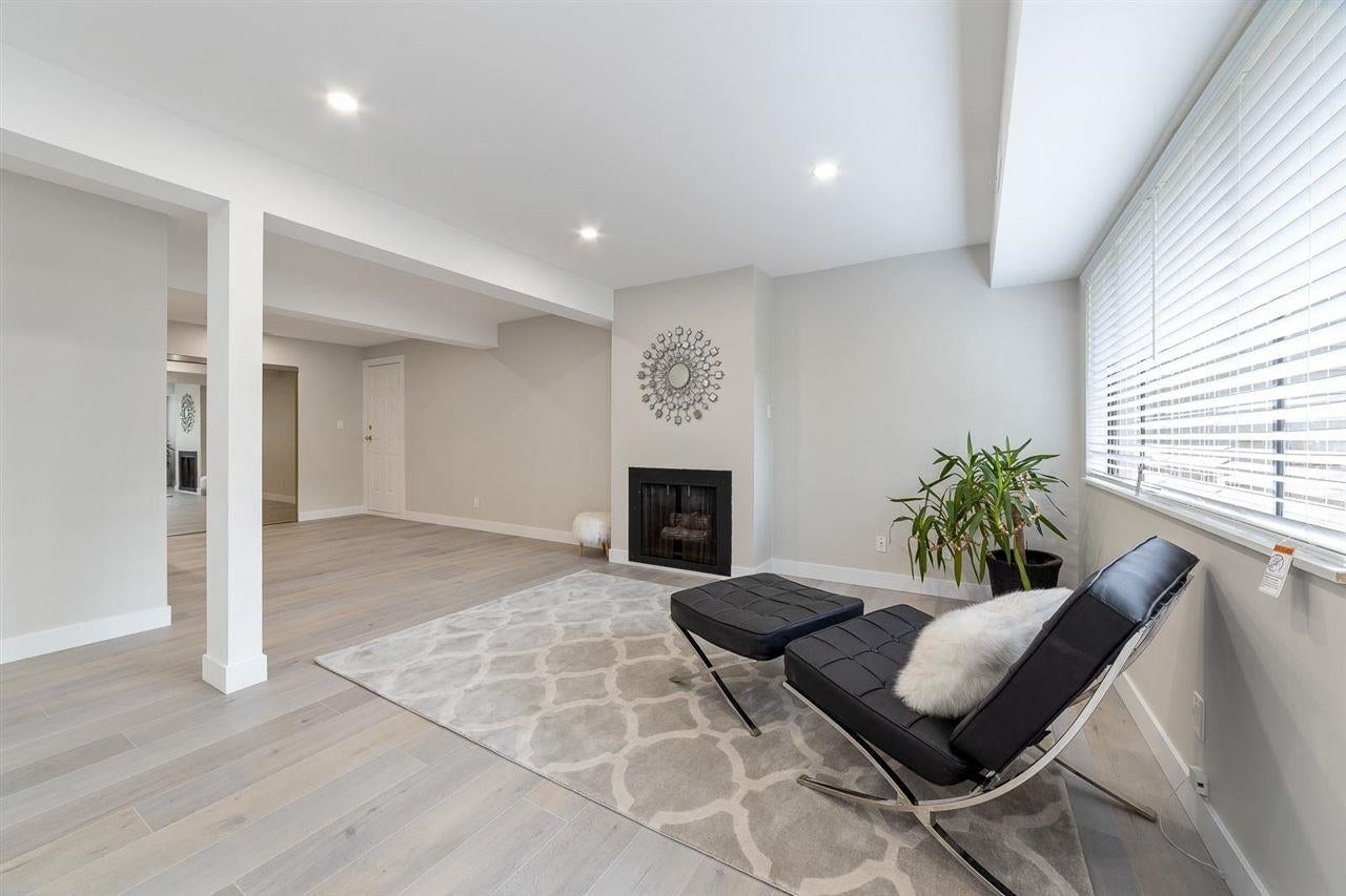 7352 CORONADO DRIVE - Montecito Townhouse for sale, 2 Bedrooms (R2604163) - #9
