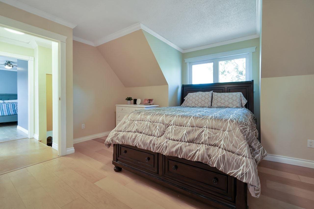27096 28 AVENUE - Aldergrove Langley House/Single Family for sale, 3 Bedrooms (R2604167) - #25