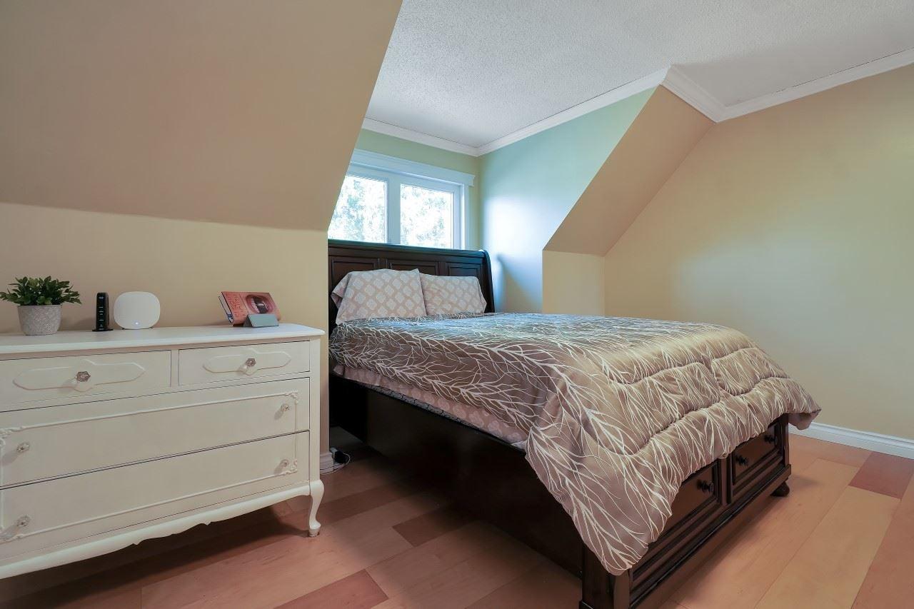 27096 28 AVENUE - Aldergrove Langley House/Single Family for sale, 3 Bedrooms (R2604167) - #26